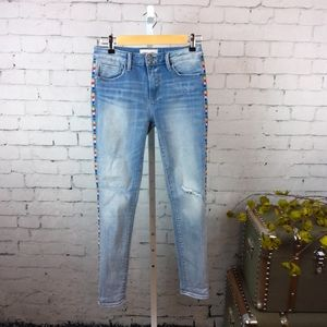 Driftwood Jackie distressed jeans w/ embroidery